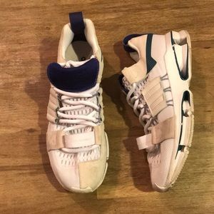 Adidas ADV twinstrike size US 8.5